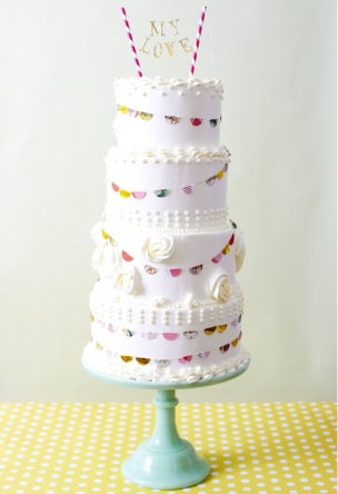 cake_love_fun_fete_bunting_wedding_cake